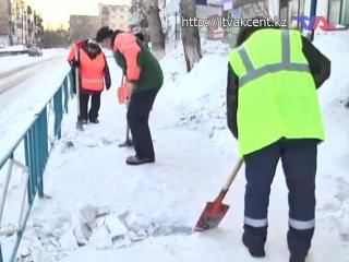 Жители Лисаковска недовольны очисткой улиц от снега