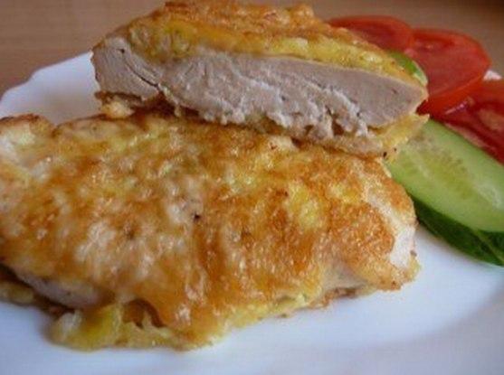 Куриные отбивные в сырном кляре Ингредиенты: 700 г. куриного
