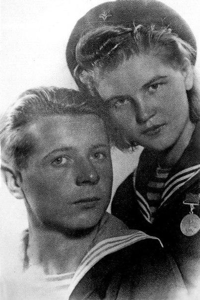 Кавалер трёх медалей за отвагу: снайпер морской