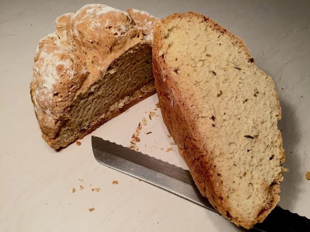 Хлеб на кефире. Рецепт хлеба без дрожжей и яиц.