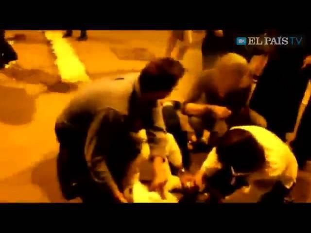 15 11 14 В Испании антифашисты избили украинских националистов в вышиванках