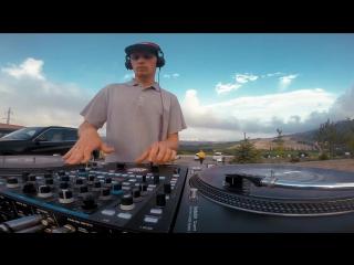 Jahsteez - Sky Diving II (Shiro'Kaya Edition)
