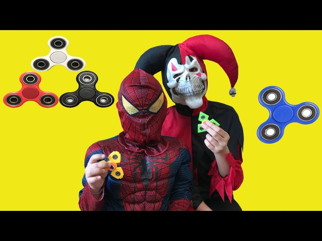 SPINNER the SPIDERMAN EVIL CLOWN w/ SPIDERMAN play SPINNER a lot