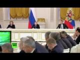 Жириновский:Мы вошли в новыю эпоху под влиянием человека(золотой век) смотреть с 00:51.33