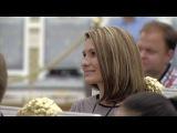 Владимир Путин вручил школьнице из Башкирии паспорт в День России