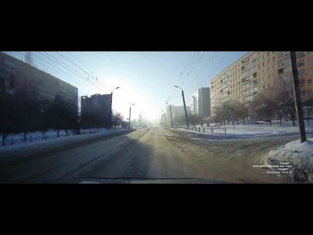 Жесткая авария Lada Priora и Toyota Yaris на перекрестке в Красноярске группа avtooko сайт П