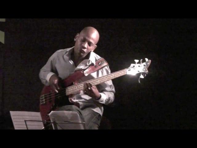 Reggie Washington Trio