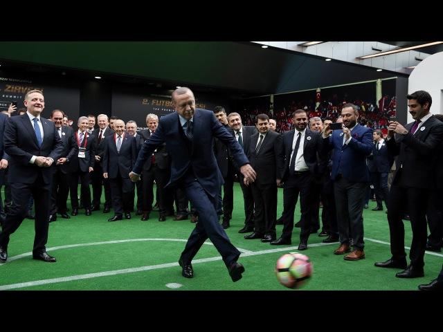 Cumhurbaşkanı Erdoğan'dan Fransız efsaneye penaltı golü