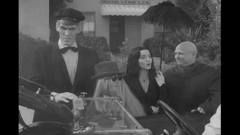 The Addams Family S2E13 / Portrait of Gomez
