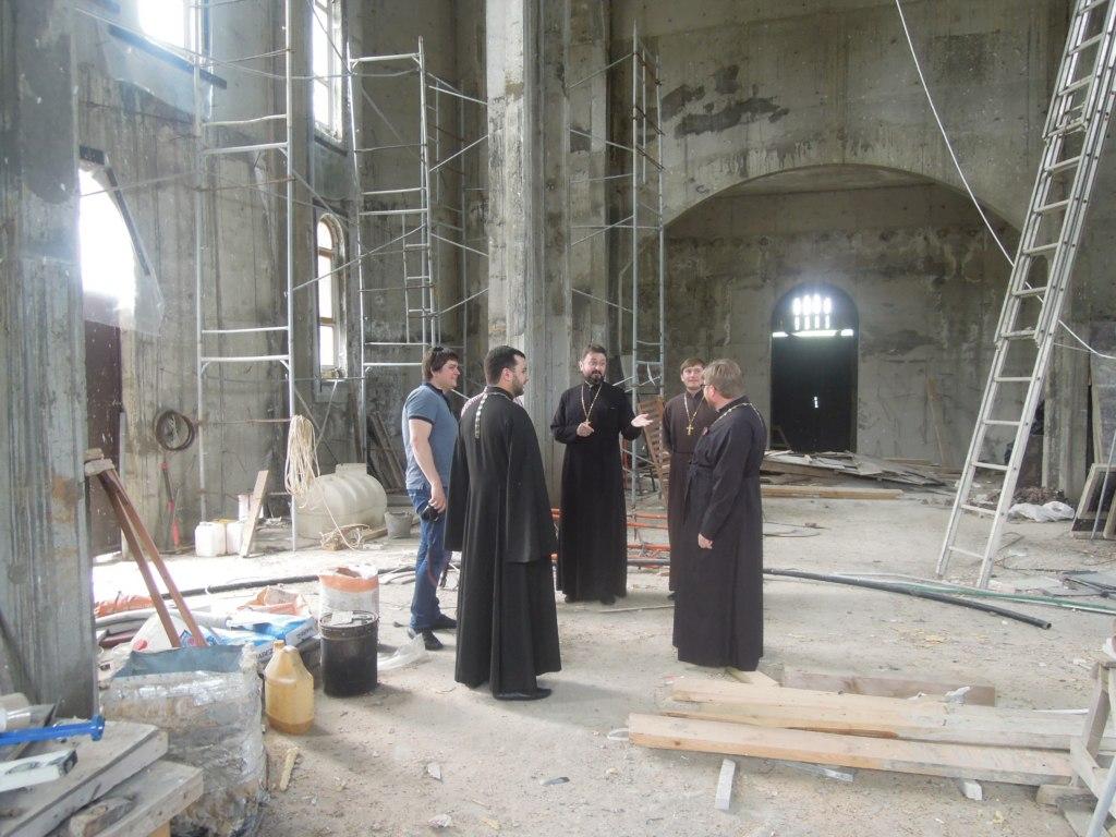 Храмы Зеленчукского района осмотрели строители Пятигорской епархии