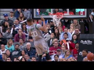 Gerald Green Finishes SICK Alley-Oop! | 01.10.17