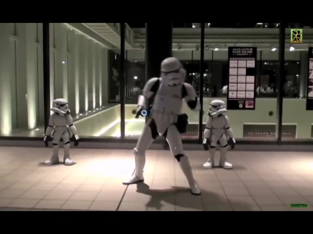 Foster The People–Pumped Up Kids and Imperial stormtroopers