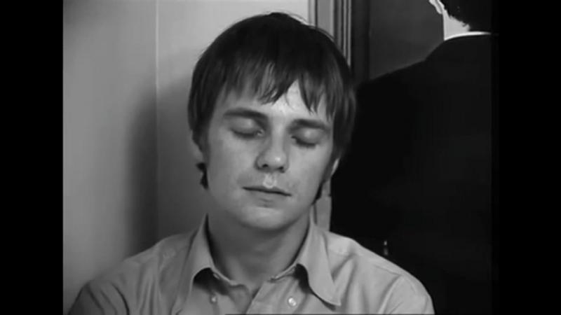 Человек, который спит / Un homme qui dort (русский трейлер)