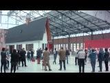 Exposition NARROW HOUSE d'ERWIN WURM - Halle verri