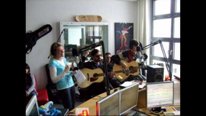 30 Seconds To Mars - Full Interview - Star.fm - 16/03/2010 [4/4]