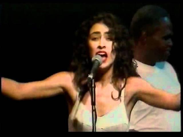 Marisa Monte e Raphael Rabello - Dança da solidão - Heineken Concerts 93