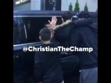 Video of Justin Bieber spotted interacting with fans today in Toronto, Canada. (November 6)