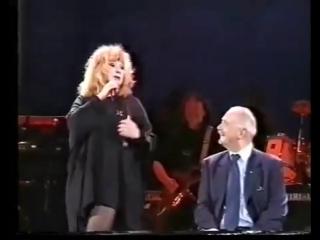 Алла Пугачева и Никита Михалков - Мадам Брошкина (02.06.2000,Live)