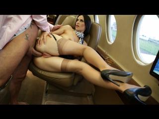 seks-erotika-s-podrugoy-mamy-28