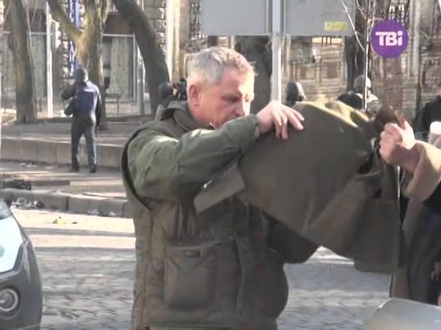 Майданівці полюють на снайперів біля Адміністрації