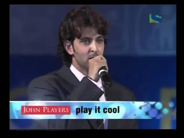 Hrithik Roshan - at the Stage of Maharashtra State Police Show 2007