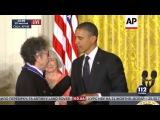 Боб Дилан примет Нобелевскую премию по литературе