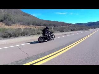 2013_Harley_Davidson_Custom_Iron_Sportster_-_Lose_Yourself