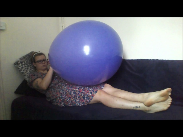 Blow to pop 90cm 3ft balloon Balloon madness