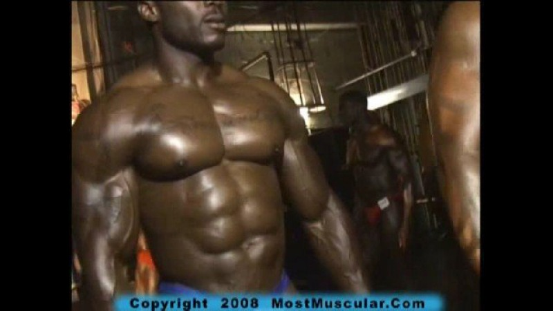 IFBB CAC Bodybuilding: Bodybuilder Nardo Dean