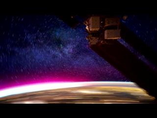 Вид на планету Земля ночью с МКС (HD 720p видео)
