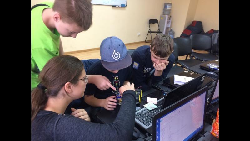 Заняття з робототехніки Літній Комп'ютерний табір Старт ІТ