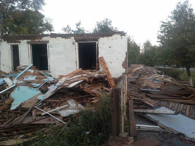 В Азнакаевском районе при обрушении потолка нежилого дома пострадал 56-летний мужчина