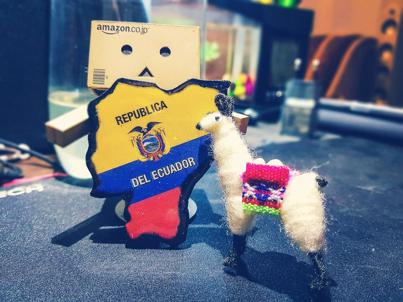 Ну вот я и вернулся из путешествия по солнечному Эквадору...<br>Много впечатлений, воспоминаний, фото, видео... надо будет все систематизировать и поделиться этим с вами, а пока начинаются бесконечные трудовыебудни...<br>Рад видеть всех, кто не разбежался! Начинаем новый сезон?! 😊