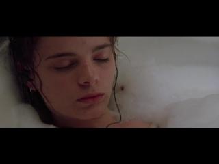 Gabrielle anwar nude, meg tilly (bd) - body snatchers (1994) hd 1080p bluray