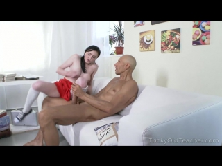 Kiara Gold - Tricky English teacher gives sweetie special lesson (