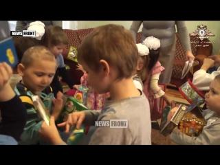 Раздача подарков детям-сиротам в Донецке (5 января 2017) :