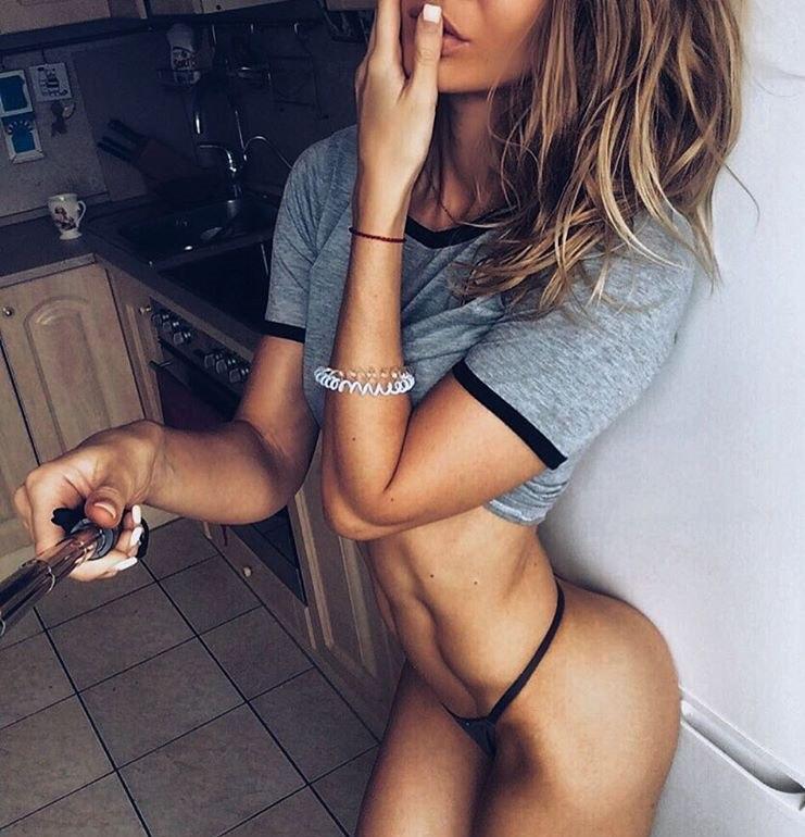Pamela sex blowjobs