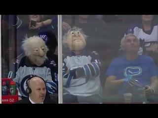 Hockey funny moments