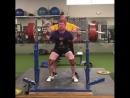 Нут Дуглас - присед 300 кг на 4 повтора