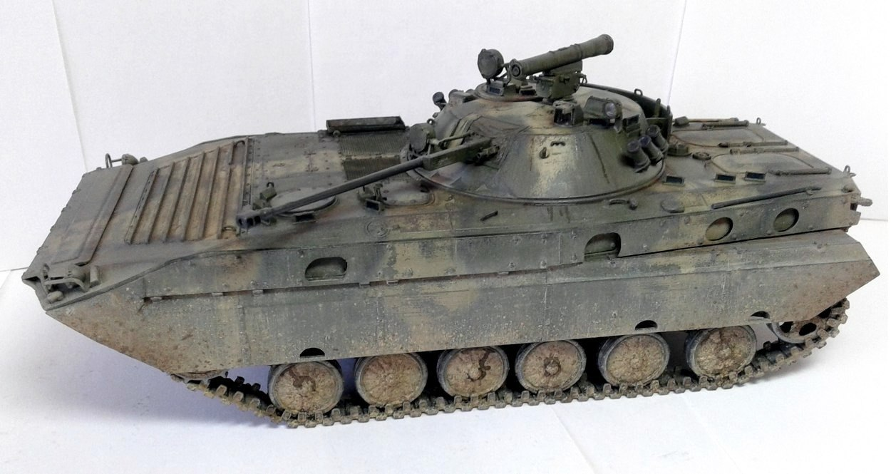 BMP-2D Trumpeter 1/35 - ГОТОВО QVWCtoLl2i0