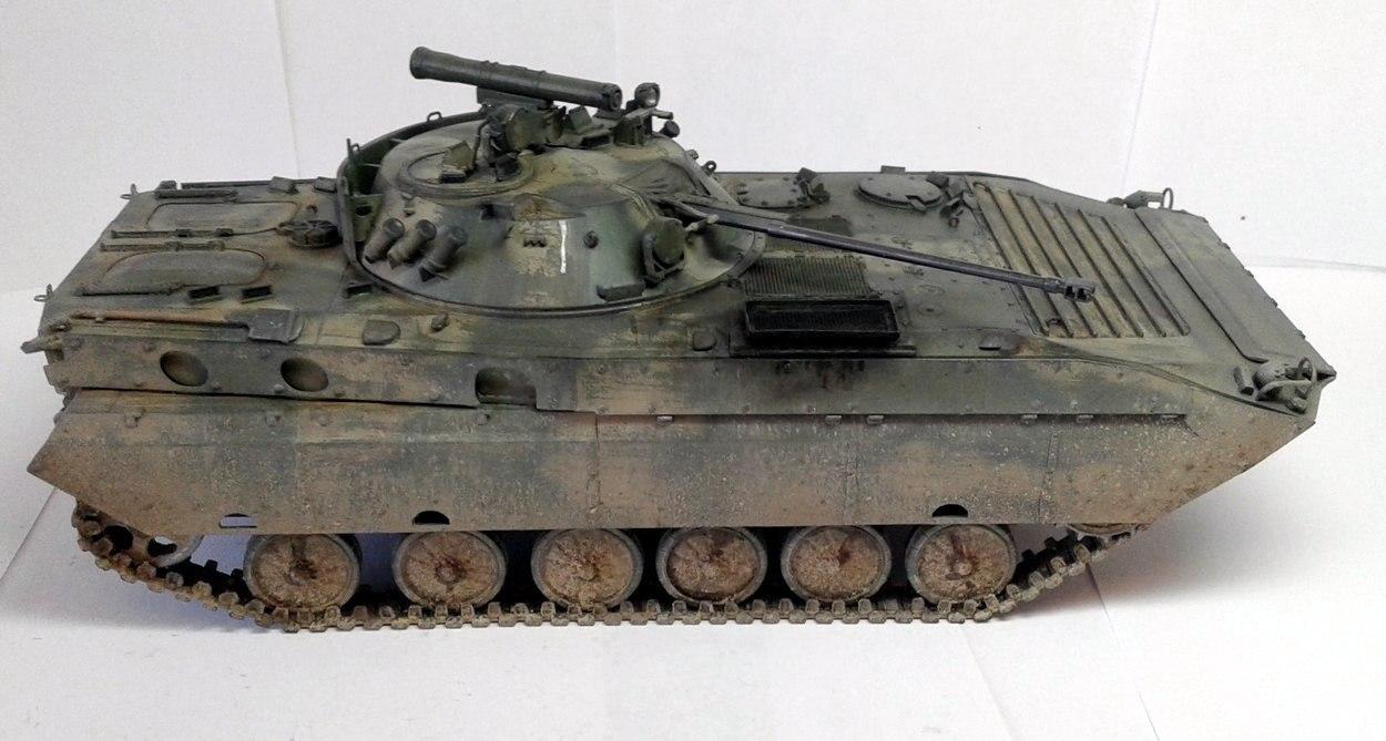 BMP-2D Trumpeter 1/35 - ГОТОВО SpqjnI2uNEQ