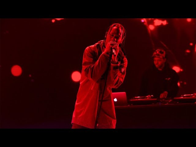 Travis Scott Performs 'Goosebumps'