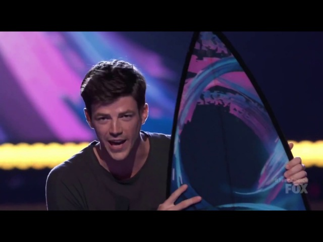 Grant Gustin and The Flash won for TeenChoice Awards