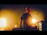 Queens of the Stone Age - Domesticated Animals (live at Studio Brussel)