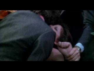 Сексуальное насилие(изнасилование,rape) из фильма roma l altra faccia della violenza (1976)