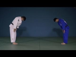 Suzuki   De-ashi-barai vs right stance