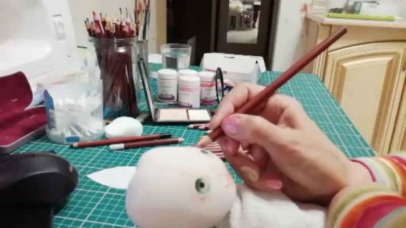 Рисуем лицо куклы. Автор: Светлана Саченко Интерьерные куклы