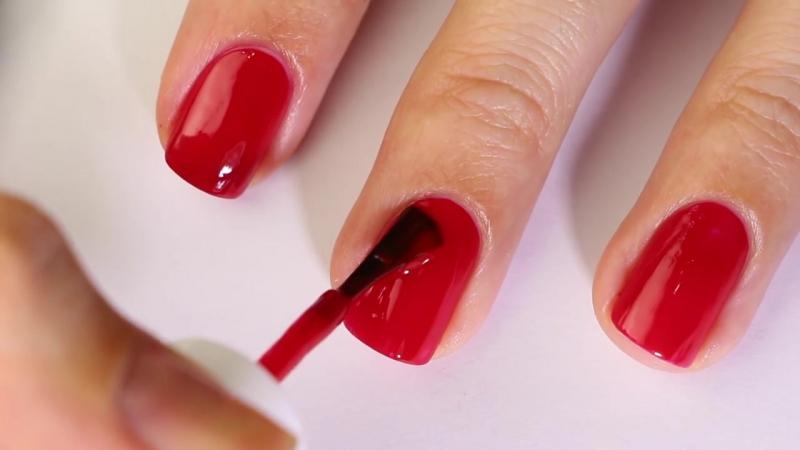 Как РОВНО и АККУРАТНО красить ногти лаком (на обеих руках) _ Секреты beauty-блоггеров