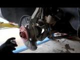 Volkswagen Touareg (Фольксваген Туарег) замена передних тормозных дисков и колодок