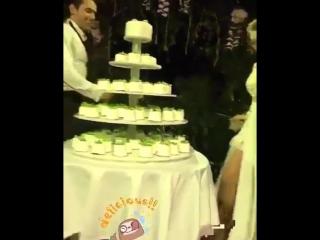 Скромно. 🌸 - Жених и невеста веселятся | vk.com/skromno